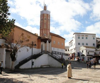 Morocco cultural tour visiting Chefchaouen