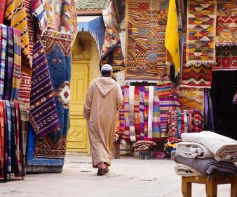 shopping for Moroccan rugs in Fez